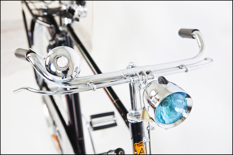 Bicicletta Retro Vintage con fanalino